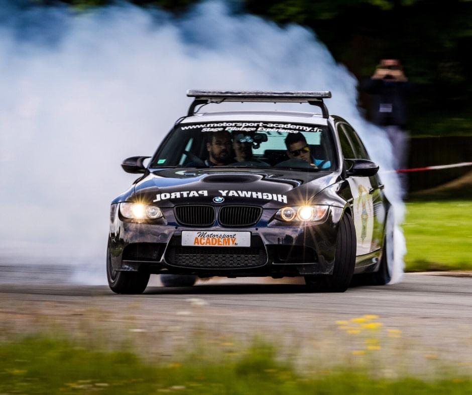 BMW M3 drift en bretagne circuit lohéac